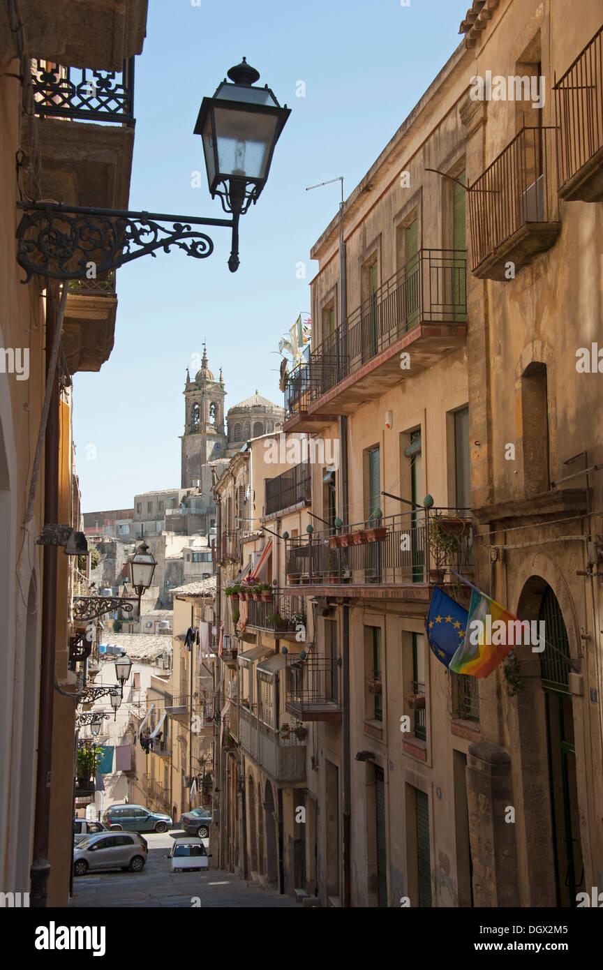 Historic district, Caltagirone, Catania Provinz, Sizilien, Italien, Europa Stockbild