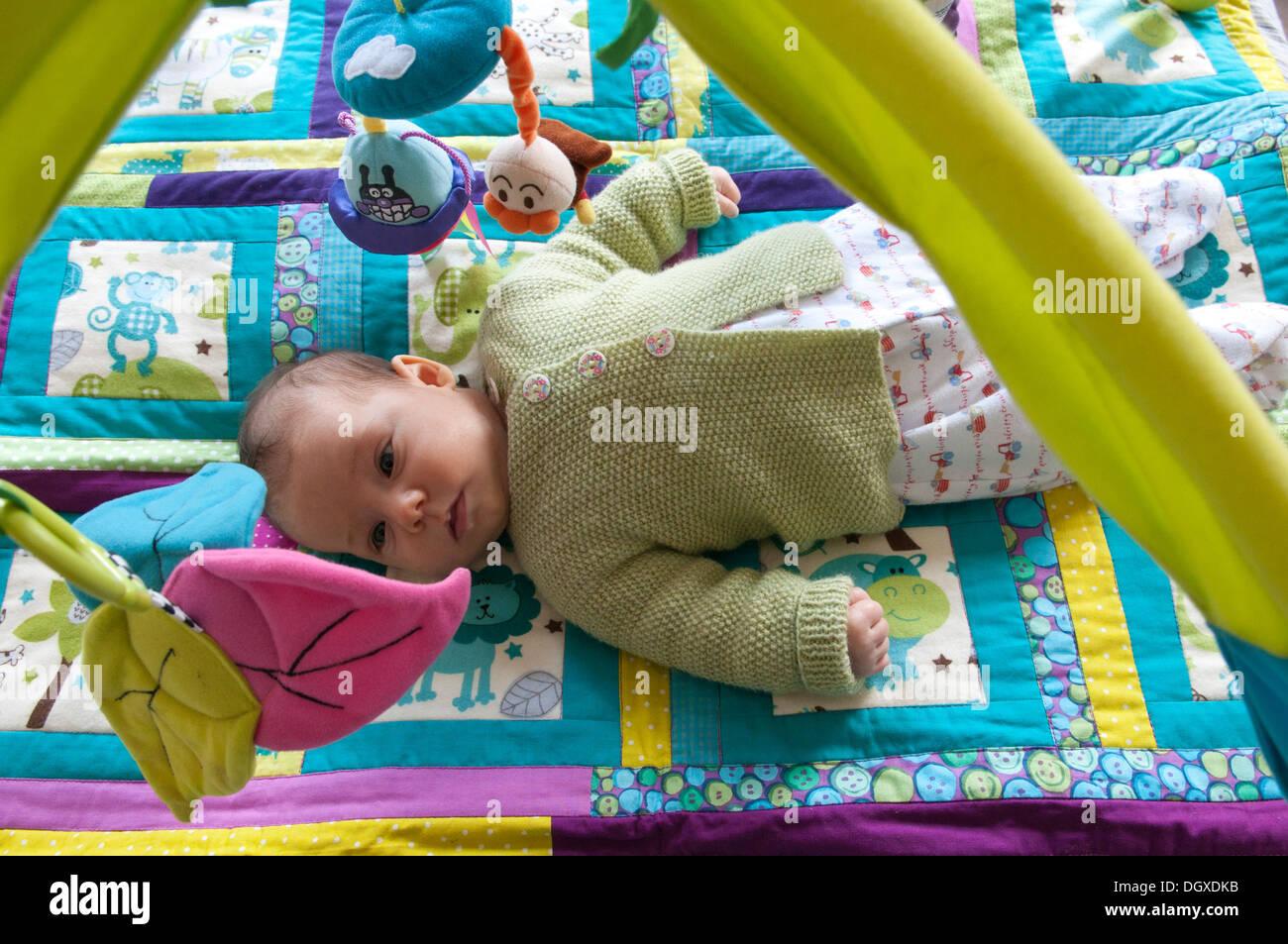 Patchwork Hanging Stockfotos & Patchwork Hanging Bilder - Alamy