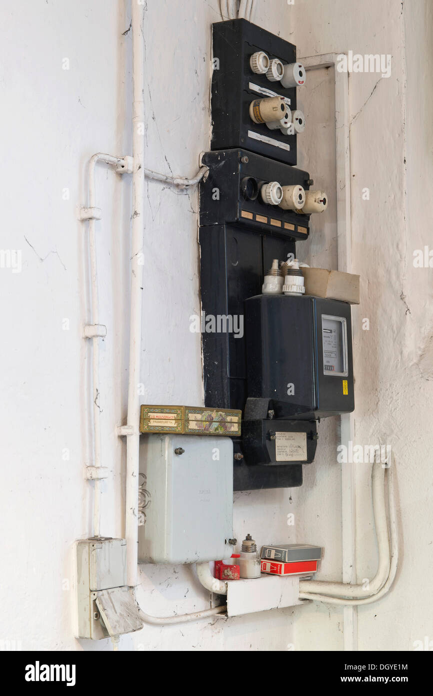 Old Electrical Wiring Stockfotos & Old Electrical Wiring Bilder - Alamy