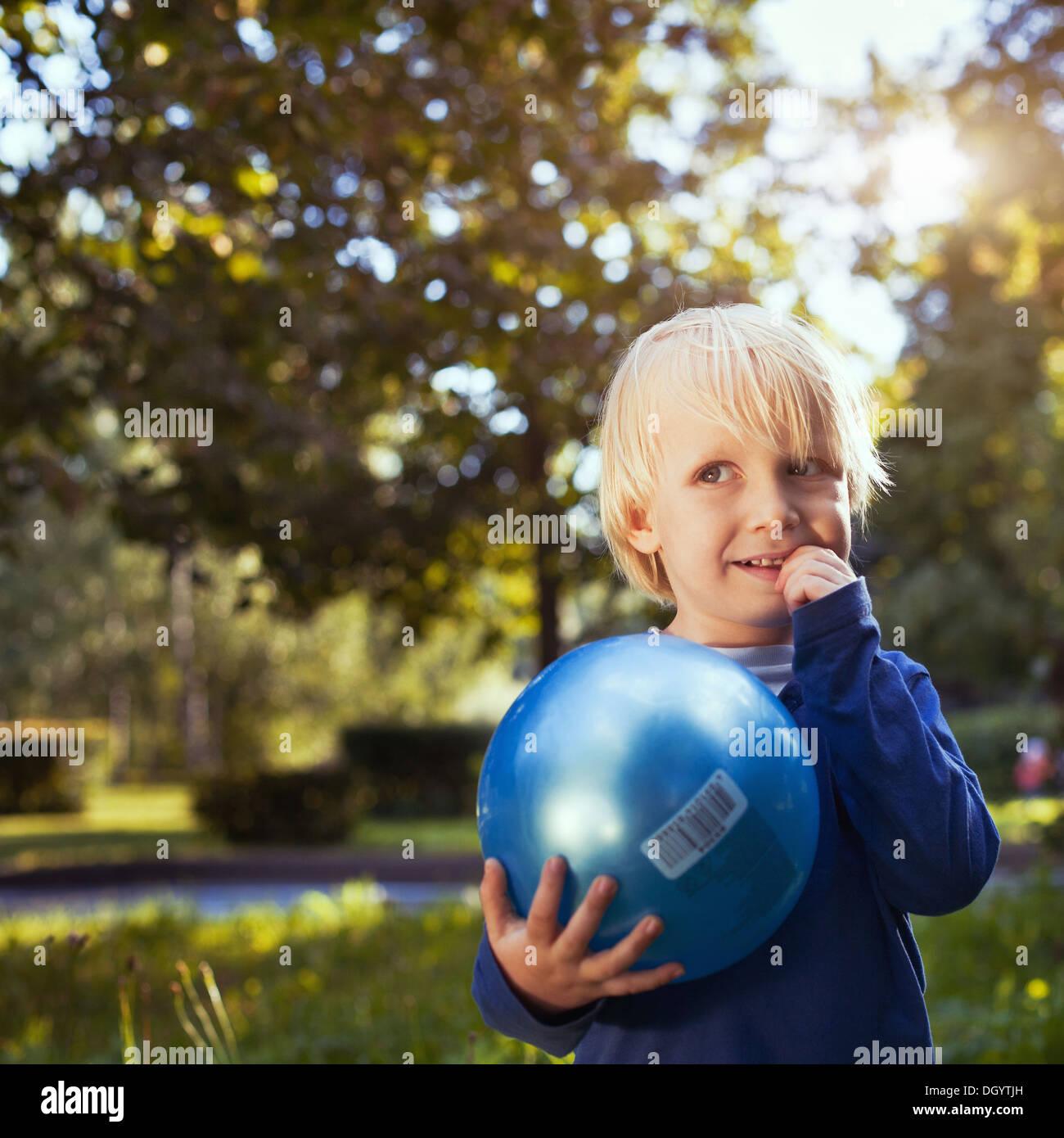 Porträt von niedlichen kleinen Jungen Stockbild