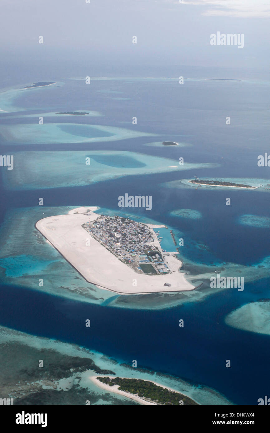 male maldives aerial stockfotos male maldives aerial bilder alamy. Black Bedroom Furniture Sets. Home Design Ideas