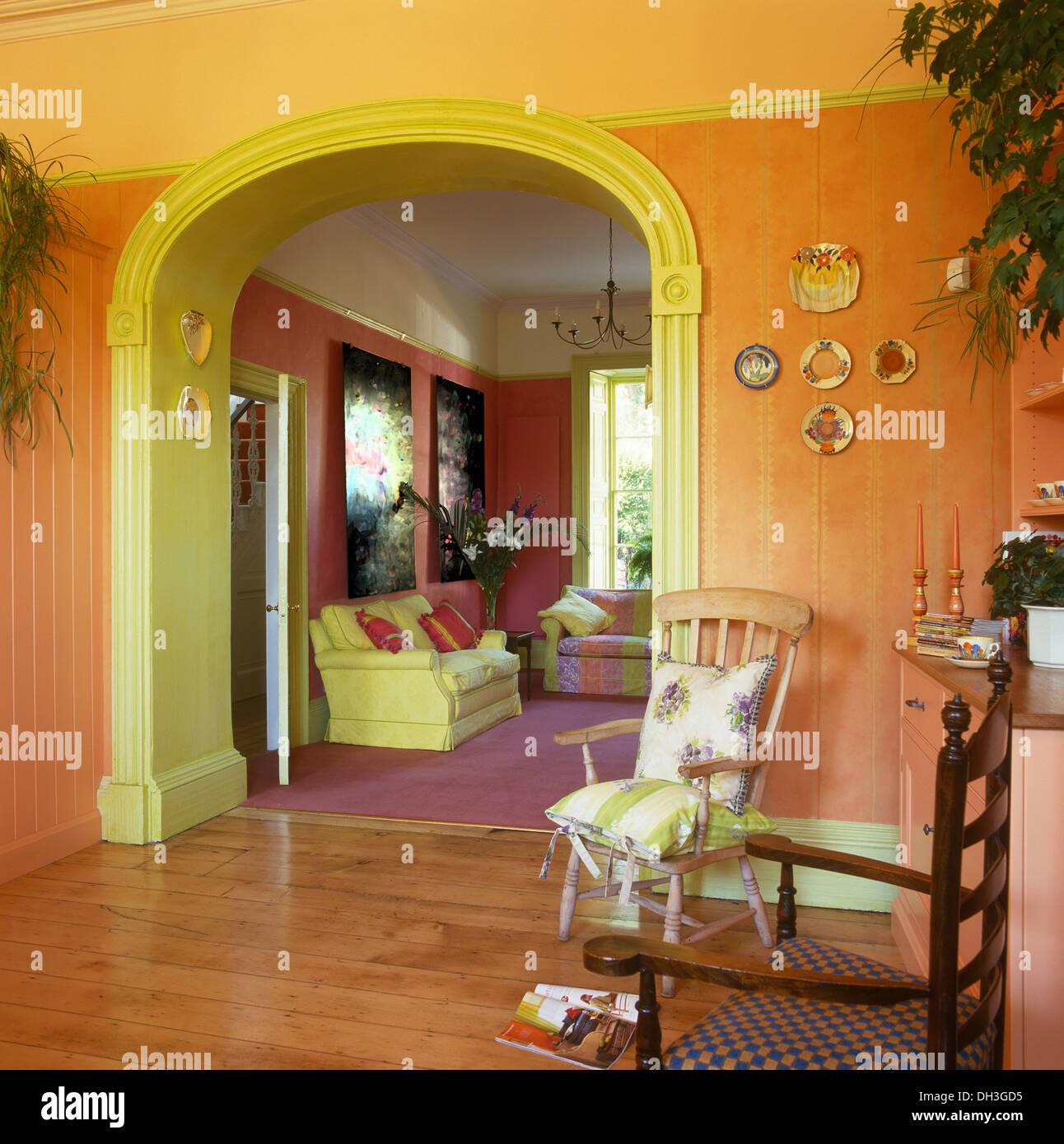 Best Wohnzimmer Orange Rot Photos - Farbideen fürs Wohnzimmer ...