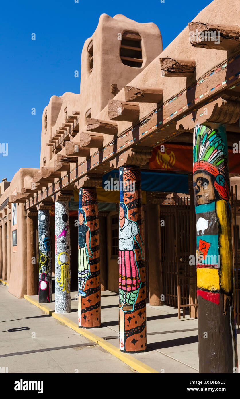 Santa Fe Native Museum für zeitgenössische Kunst, Kathedrale Platz, Santa Fe, New Mexico, USA Stockbild