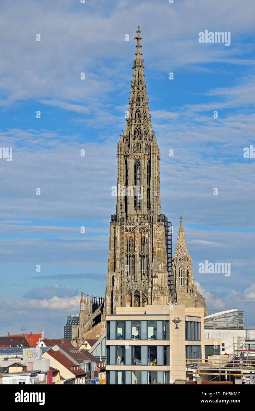 Ulmer Münster Ist Der Kirchturm 16153 Metern Der Höchste Kirchturm