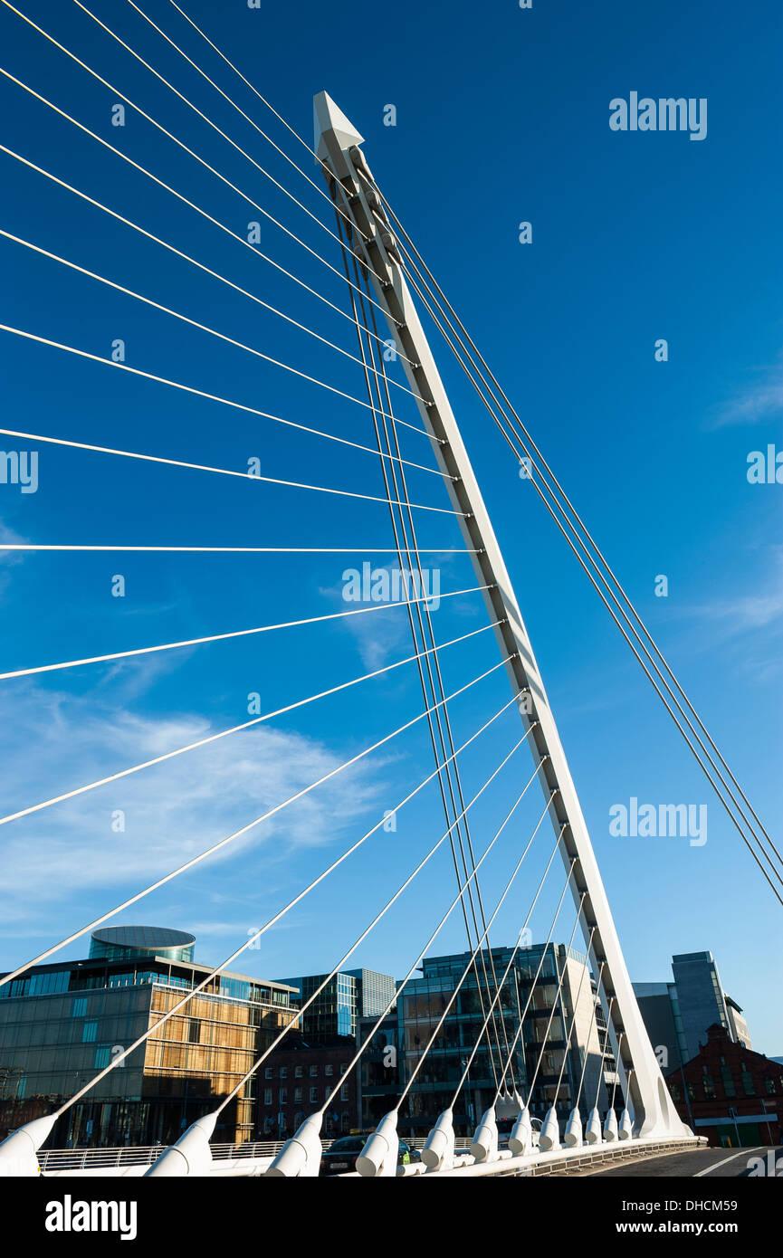 an der Brücke Stockbild