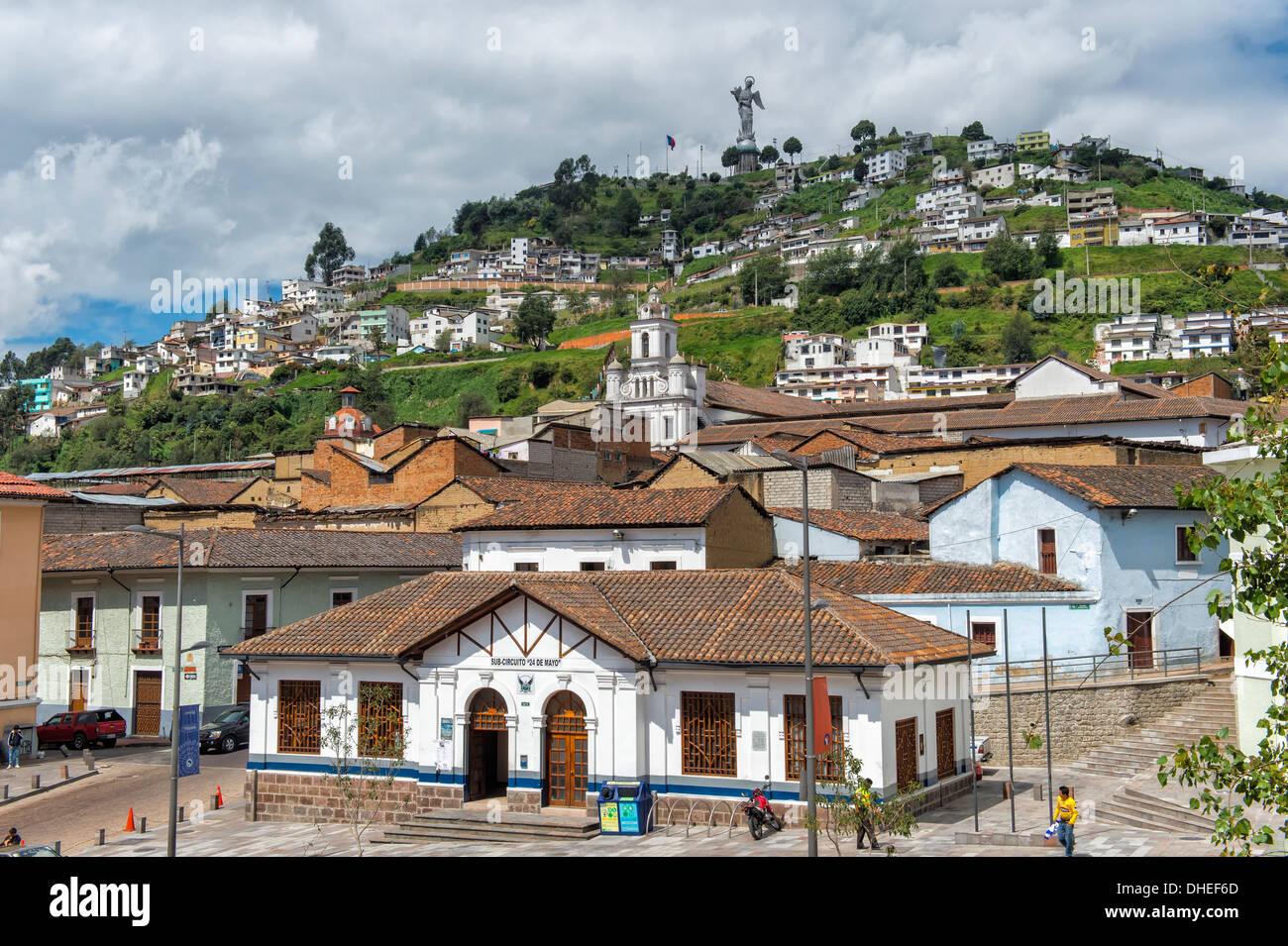 Statue der Jungfrau Maria de Quito, El Panecillo Hügel, Quito, Provinz Pichincha, Ecuador Stockfoto
