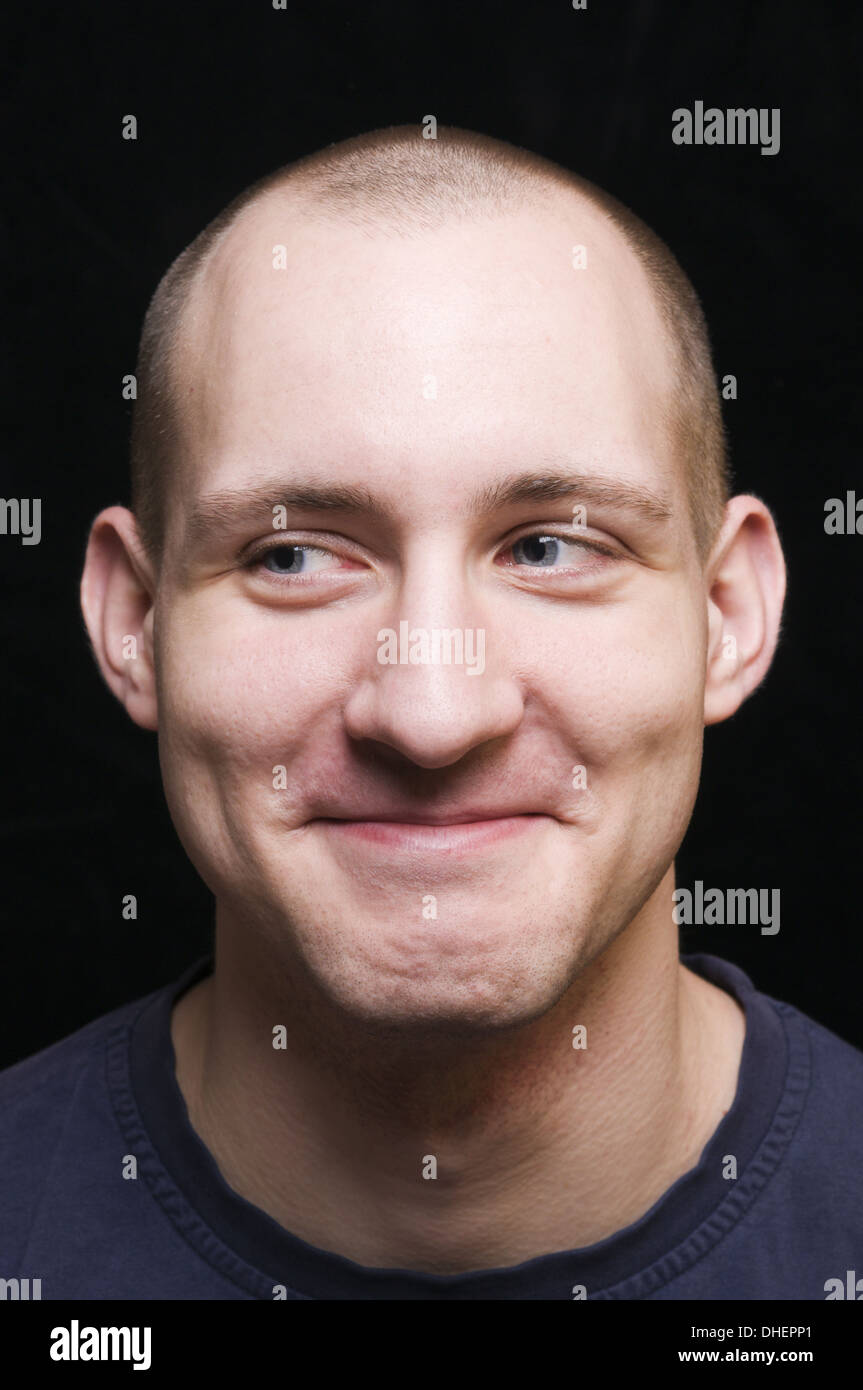 junger Mann aussehen entfernt Stockbild
