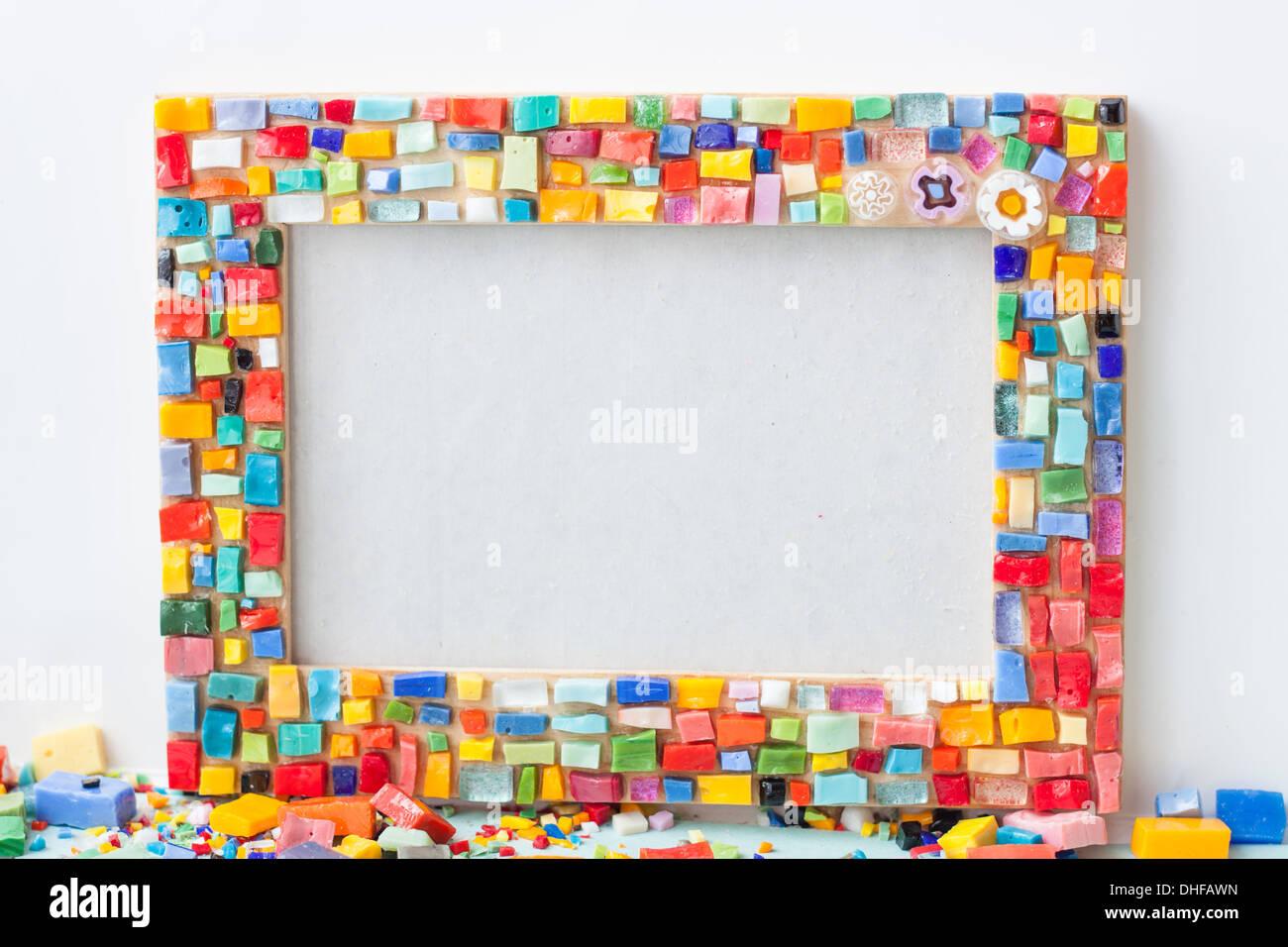 Foto-Rahmen, Mosaik, weißer Hintergrund, bunt, Farben, Smalti, Glas ...