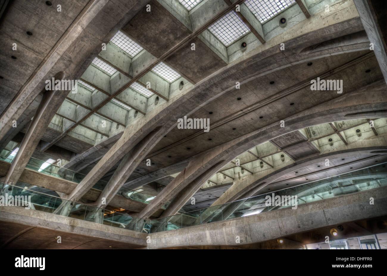 Beton und Glas Stockbild