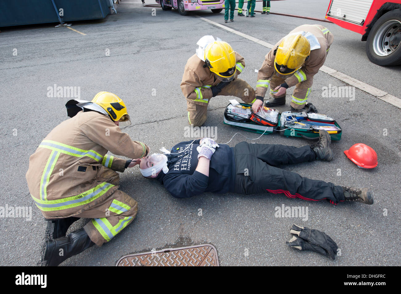 Casualty Simulation Firephoto Stockfotos & Casualty Simulation ...