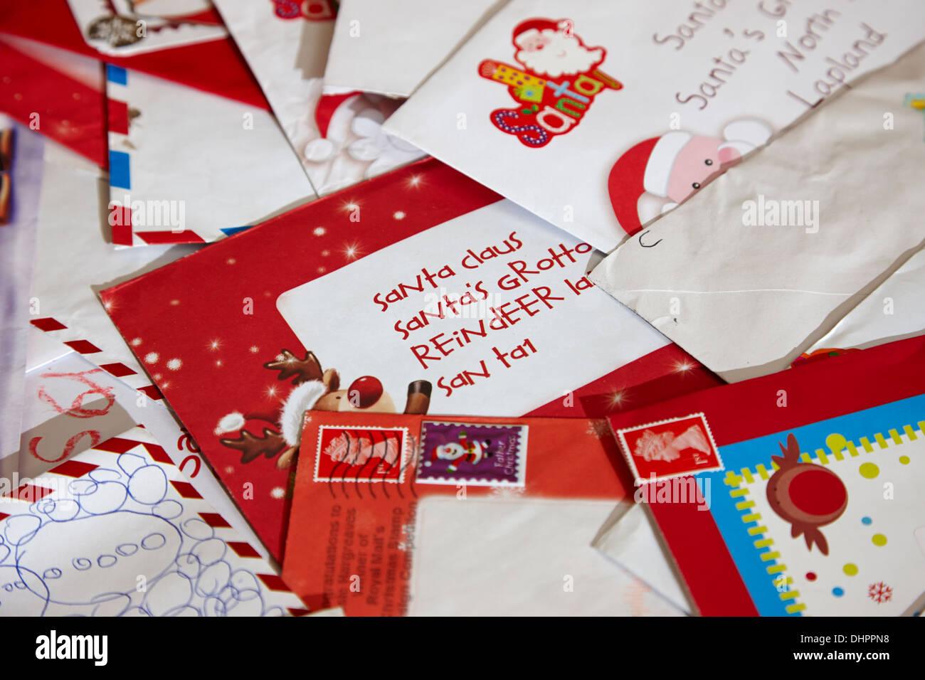 Briefe An Kinder Zu Weihnachten : Haufen kinder weihnachten briefe an den weihnachtsmann