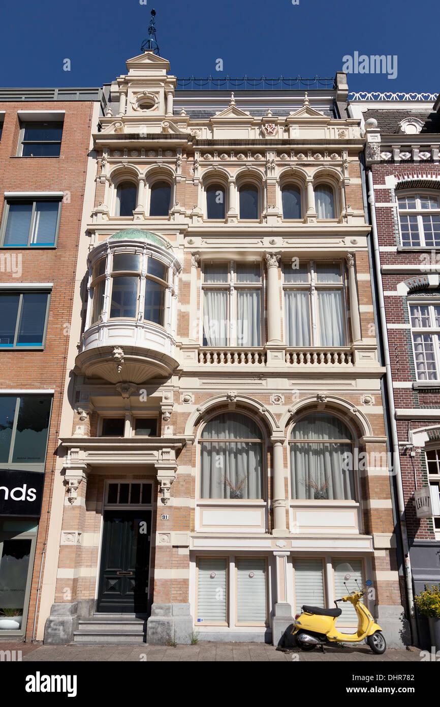 Fassade in Amsterdam, Niederlande Stockbild