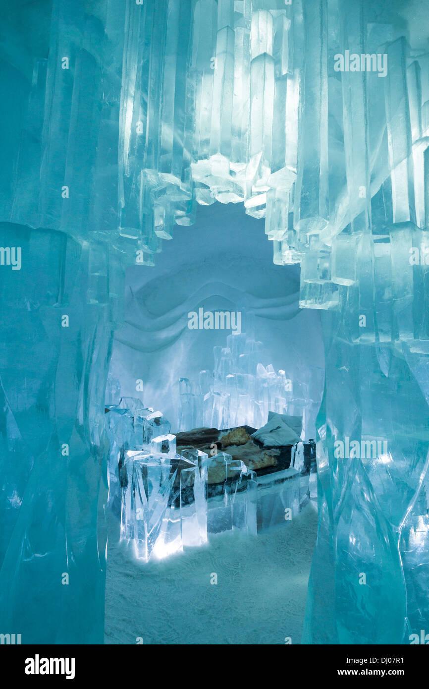 Kunst-Suite-Schlafzimmer erstellt aus Eis, Eishotel Jukkasjärvi ...