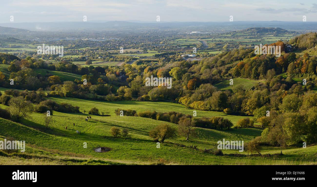 Blick aus der Barrow Wake auf Birdlip Sicht in Richtung Gloucester Stockbild