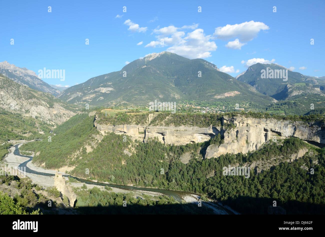 Guil Canyon & Guillestre Hochebene von Mont-Dauphin Hautes-Alpes Frankreich Stockbild
