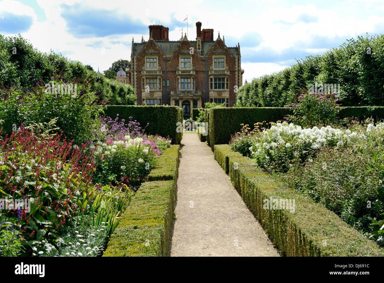 g rten sandringham estate sandringham house norfolk england vereinigtes k nigreich uk. Black Bedroom Furniture Sets. Home Design Ideas