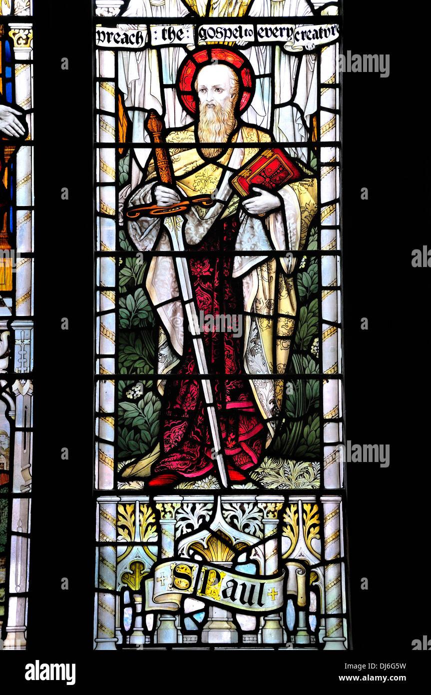 Rye, East Sussex, England, UK. Pfarrkirche St. Maria, der Jungfrau (12 thc) Glasfenster. St Paul Stockbild