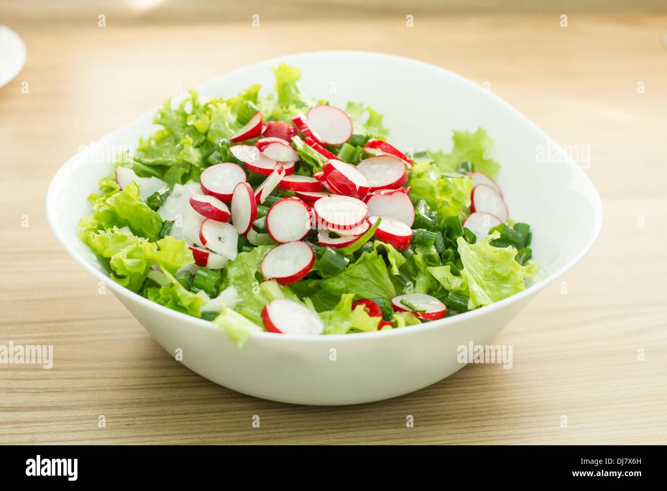 Gesunde Lebensmittel frischer grüner Salat. Stockbild