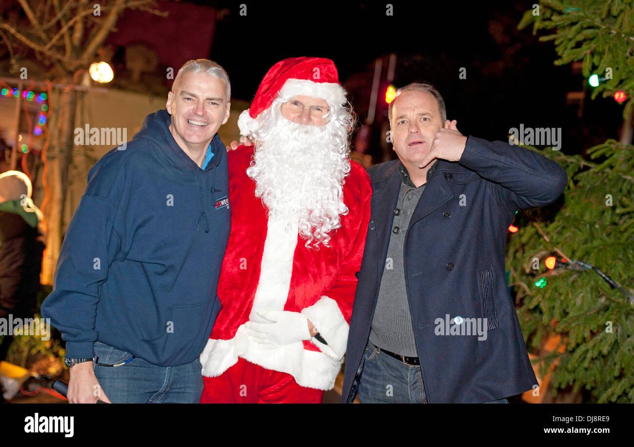 Die Mumbles Weihnachten Lichter schalten in Newton Road mit Nev ...