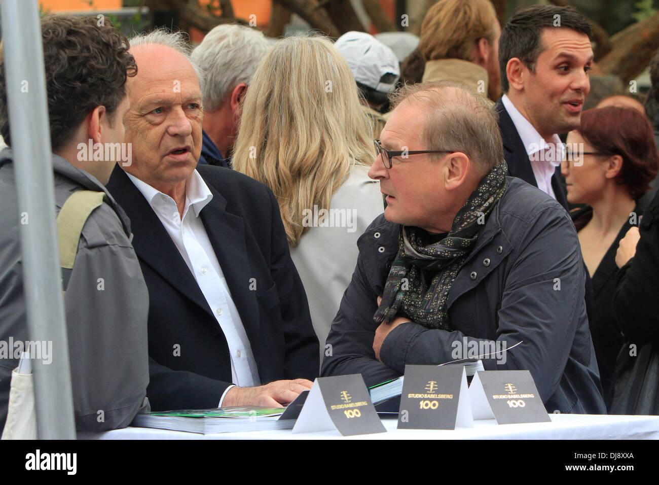 """Burghart Klaußner in der deutschen """"Get Together"""" im Le Grand Hotel während der 65. Filmfestspiele von Cannes. Cannes, Frankreich - 21.05.2012 Stockbild"""