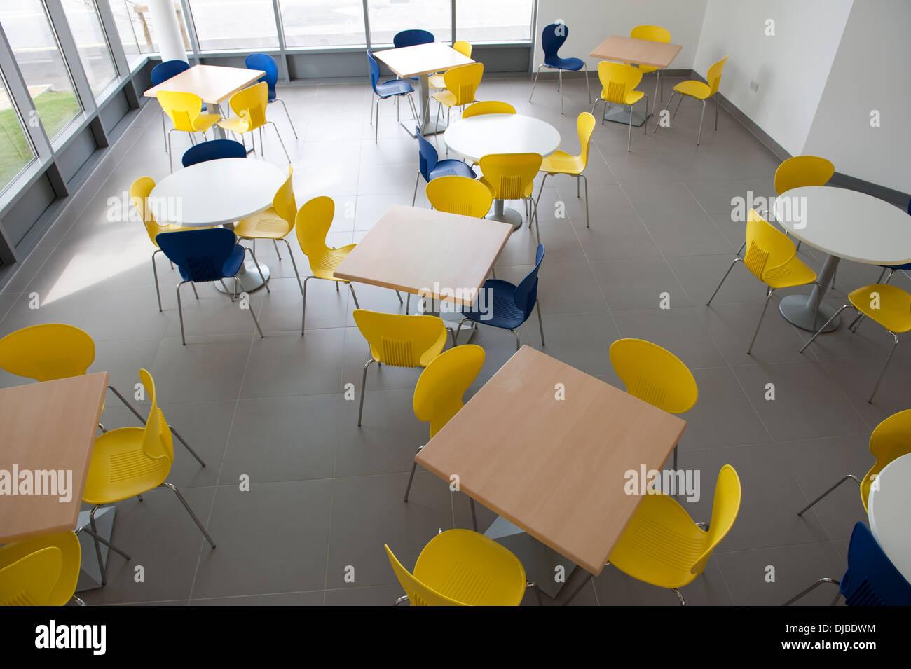 Wunderbar Moderne Sitzecke Dekoration Von Café Tische College Schulkantine
