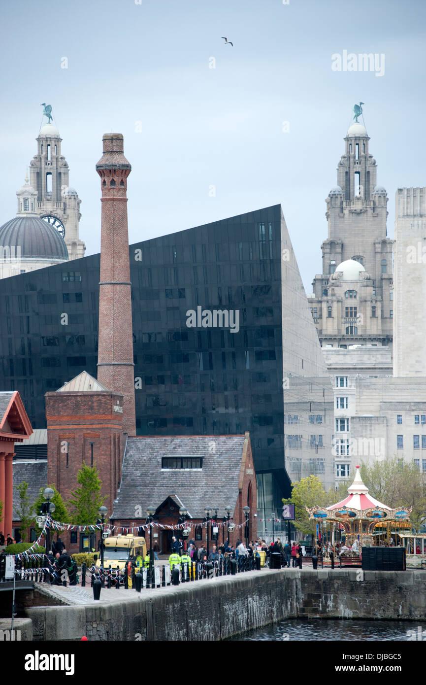 Modern geopic stockfotos modern geopic bilder alamy for Moderne architektur gebaude
