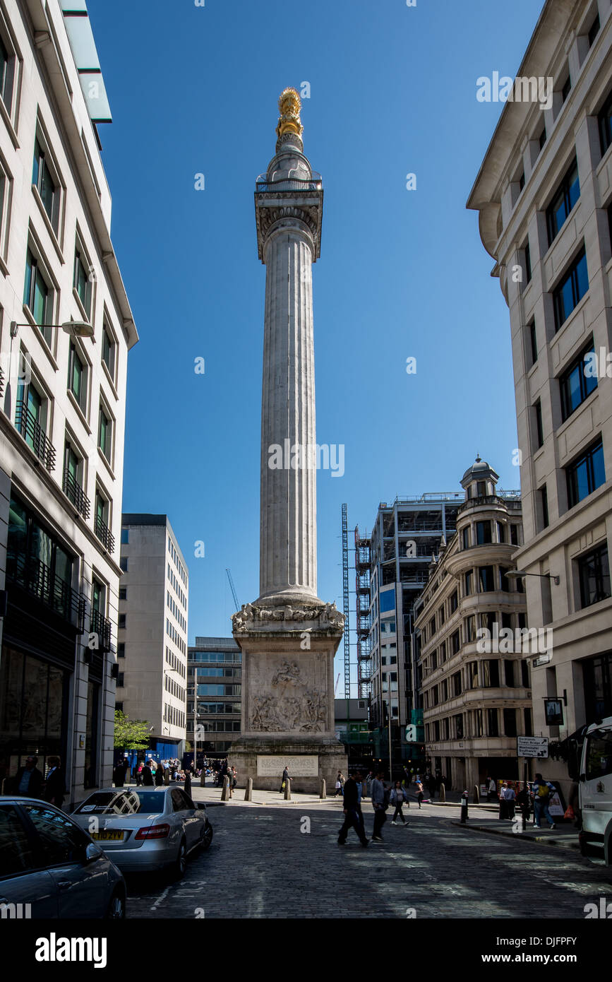 Das Denkmal für den großen Brand von London in der Stadt Stockbild
