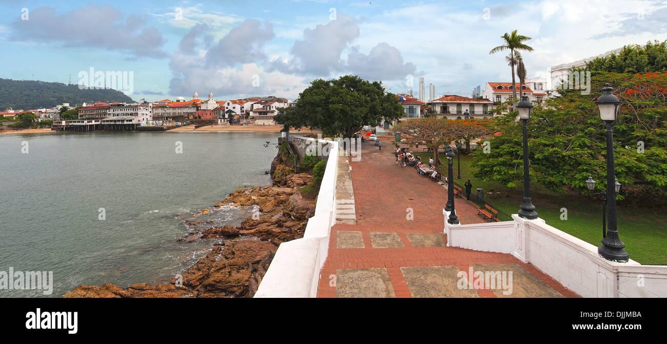 Panoramablick in die Plaza de Francia, Casco Viejo, Panama City, Panama Stockbild