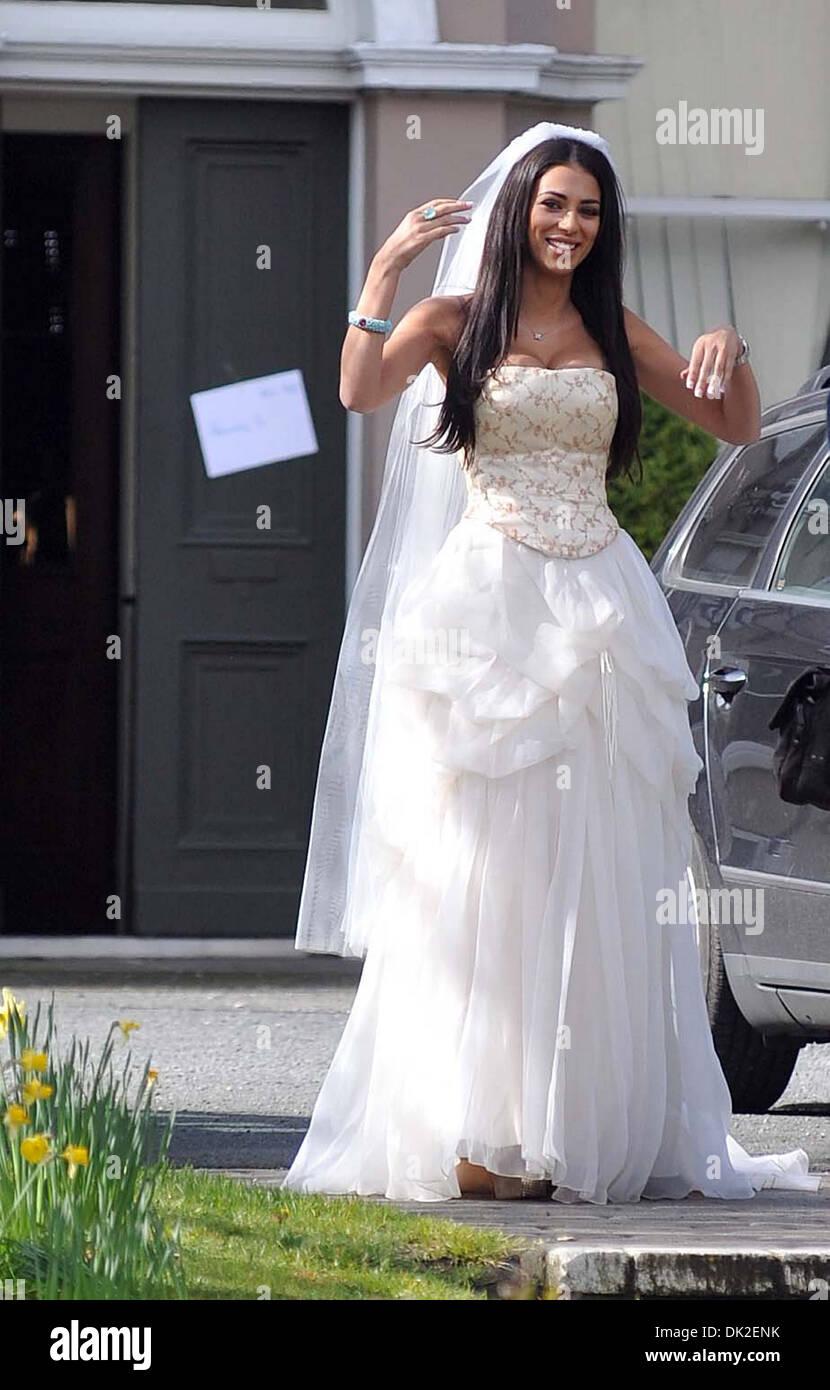 Großartig Brautkleid Läden In Georgia Galerie - Hochzeit Kleid Stile ...