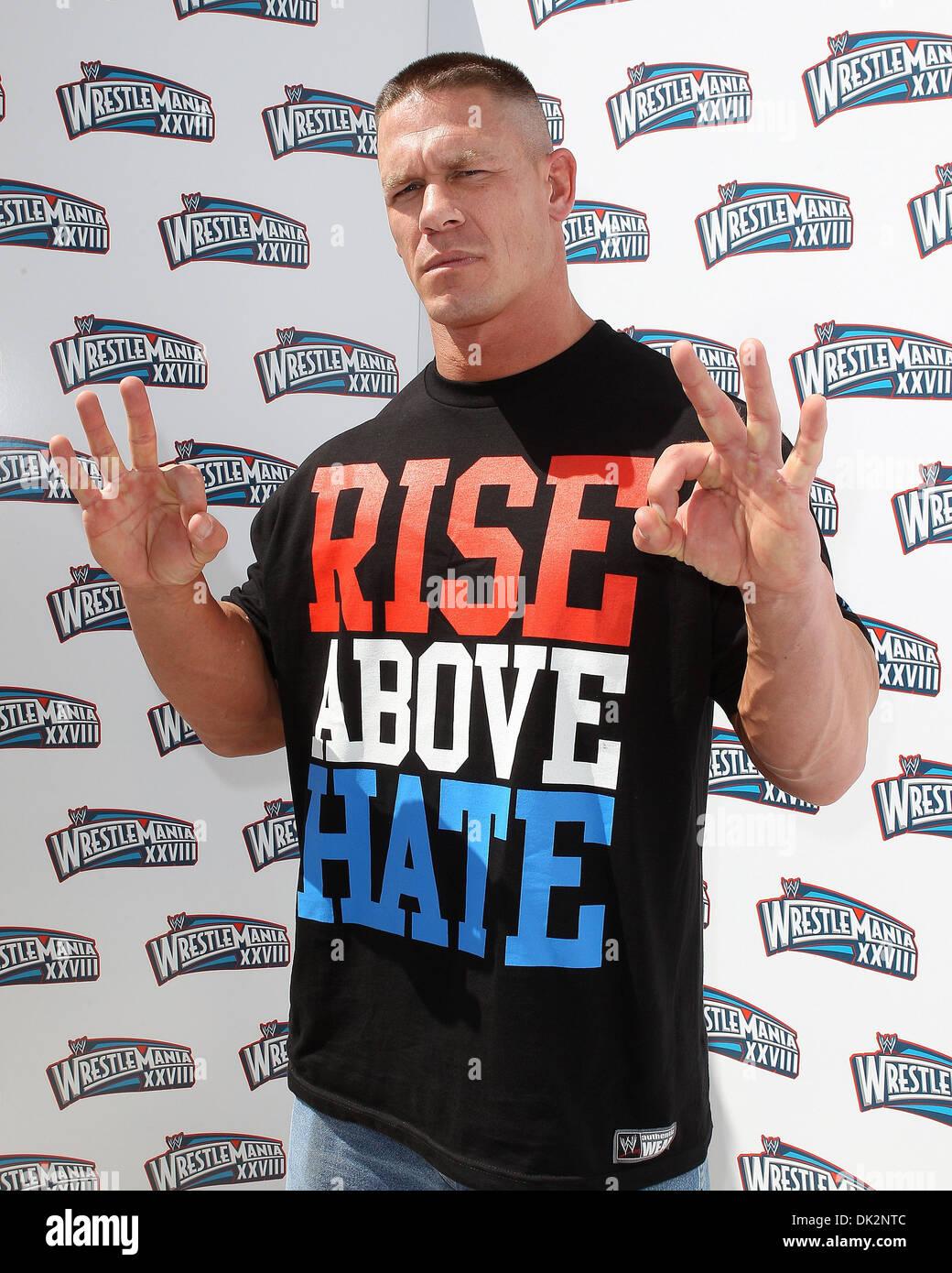 John Cena Pressekonferenz Fur Wrestlemania Xxviii An Eden Roc