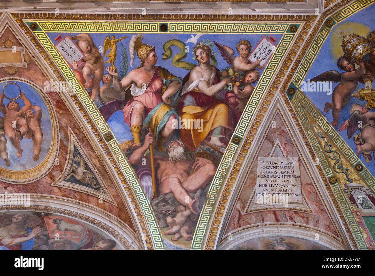 Detail von der Decke der Zimmer von Constantine, Apostolischen ...