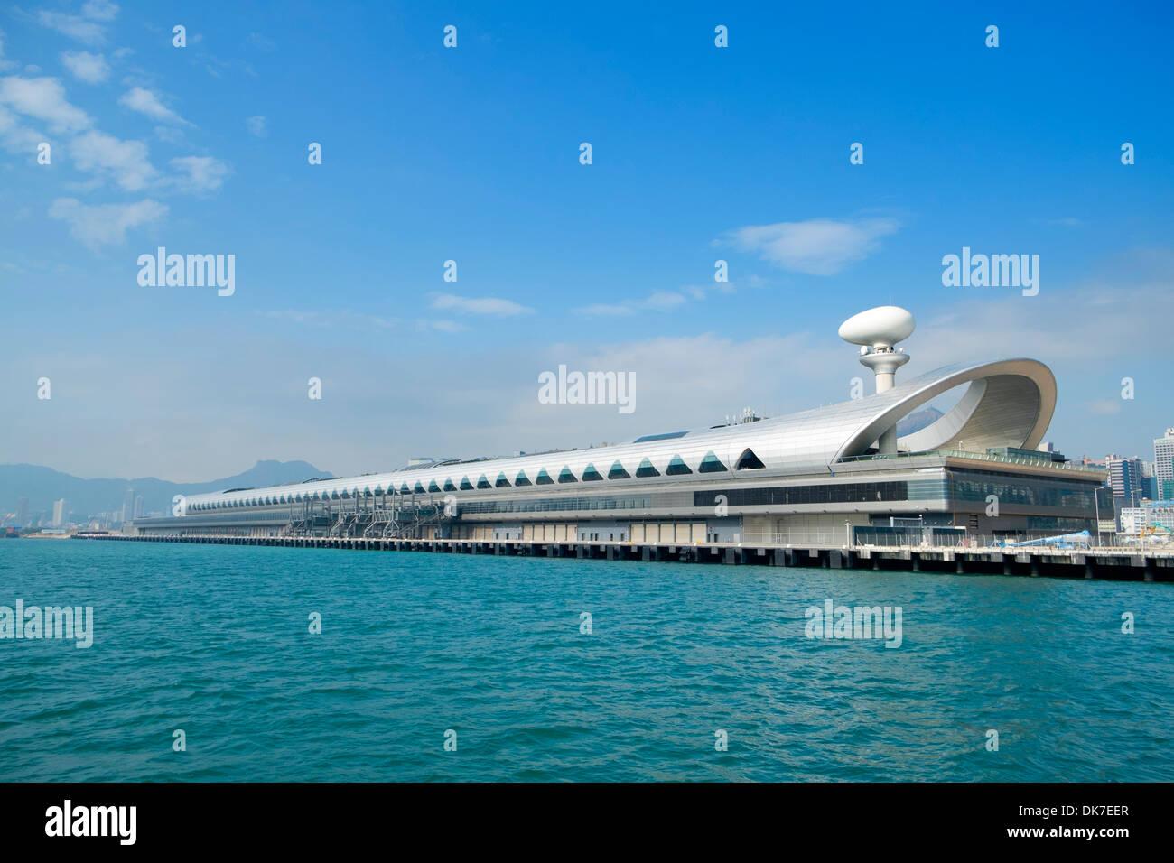 der neue Kai Tak Cruise Terminal in Hong Kong Stockbild