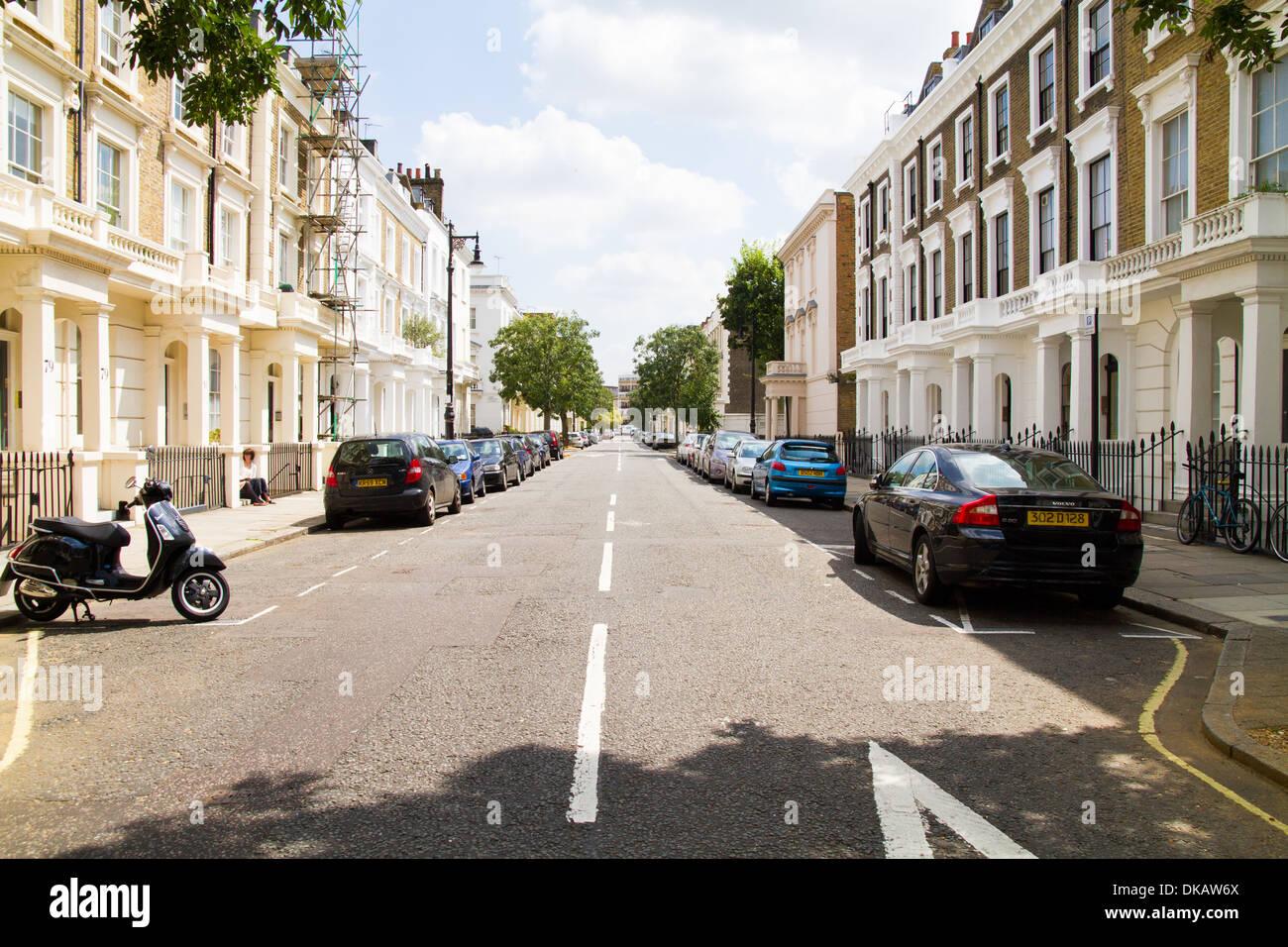 Eine wohlhabende terrassenförmig angelegten Straße in West London Pimlico Westminster London Stockbild