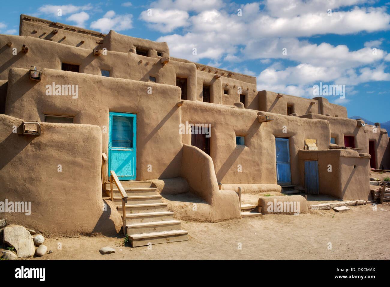 Strukturen in Taos Pueblo de Wohnung. Taos, New Mexico Stockbild