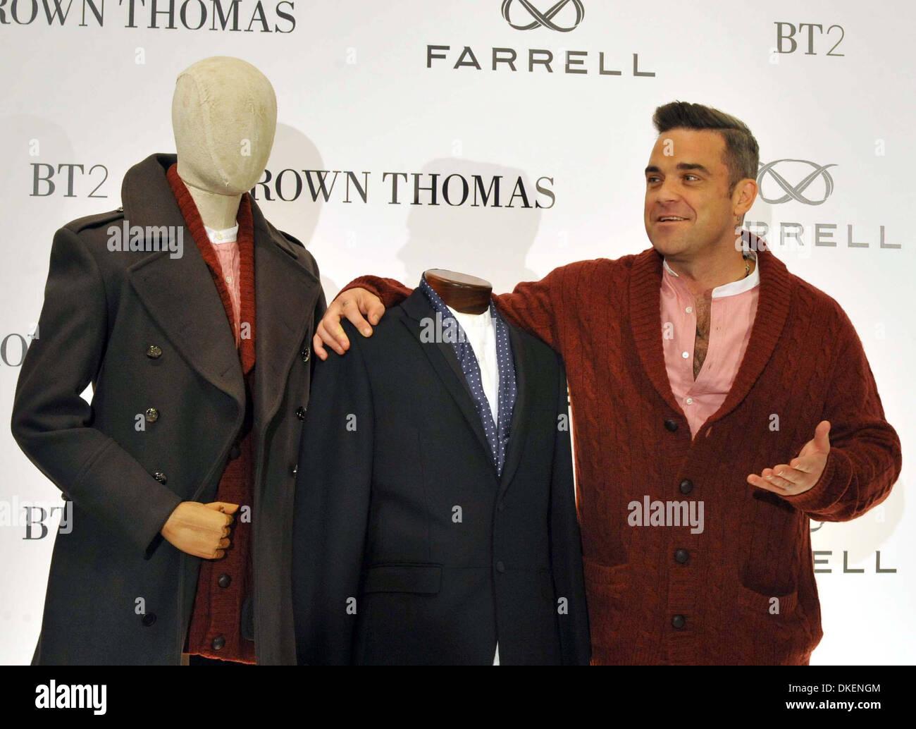97855ec8d8f4 Robbie Williams startet sein neues Herrenmode Kleidung Label