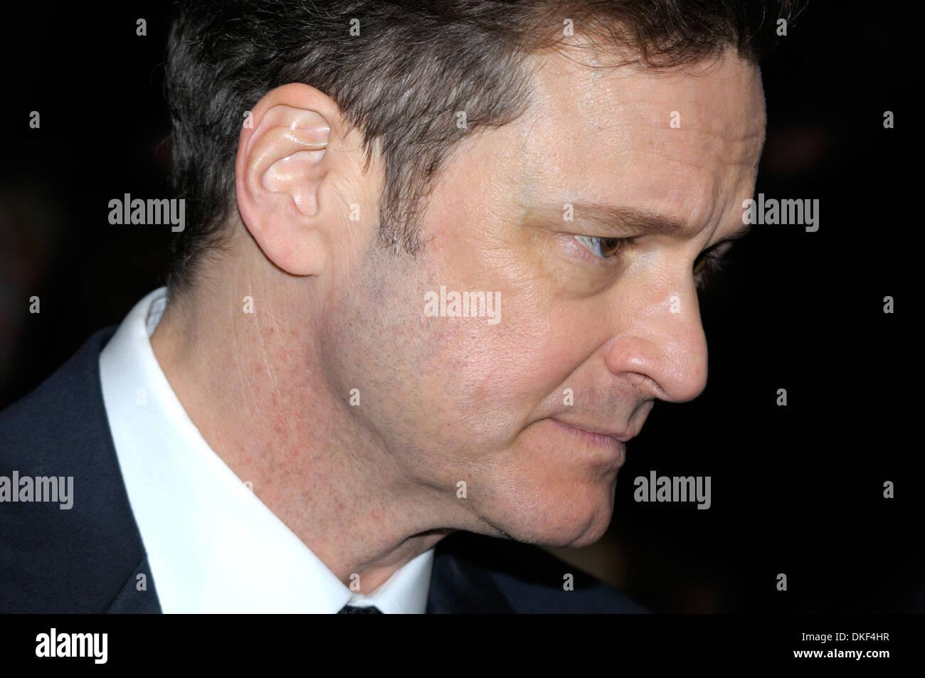 """Colin Firth (Schauspieler) bei der Londoner Premiere von """"The Eisenbahners' - Leicester Square, 4. Dezember 2013 Stockbild"""