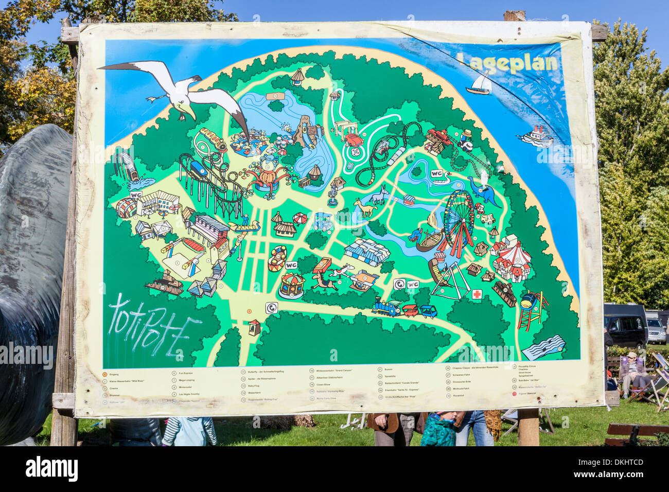 treptow park spree park berlin stockfotos treptow park spree park berlin bilder alamy. Black Bedroom Furniture Sets. Home Design Ideas