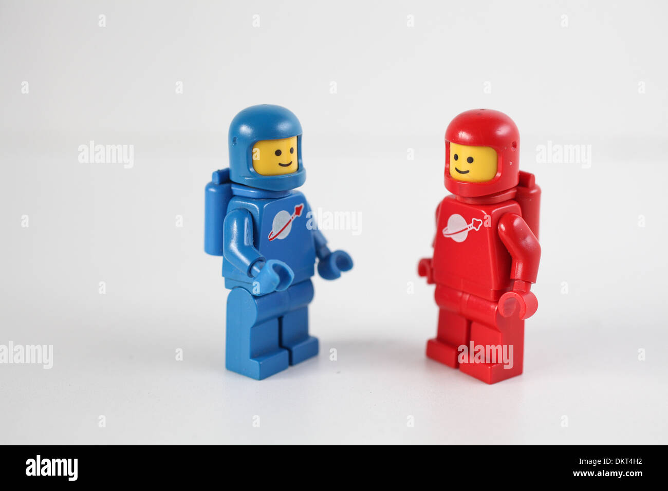 Lego Weltraum Figuren Stockfoto Bild 63840030 Alamy