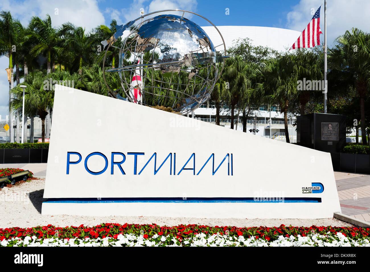 Schild am Eingang zum Hafen von Miami, Miami, Florida, USA Stockbild