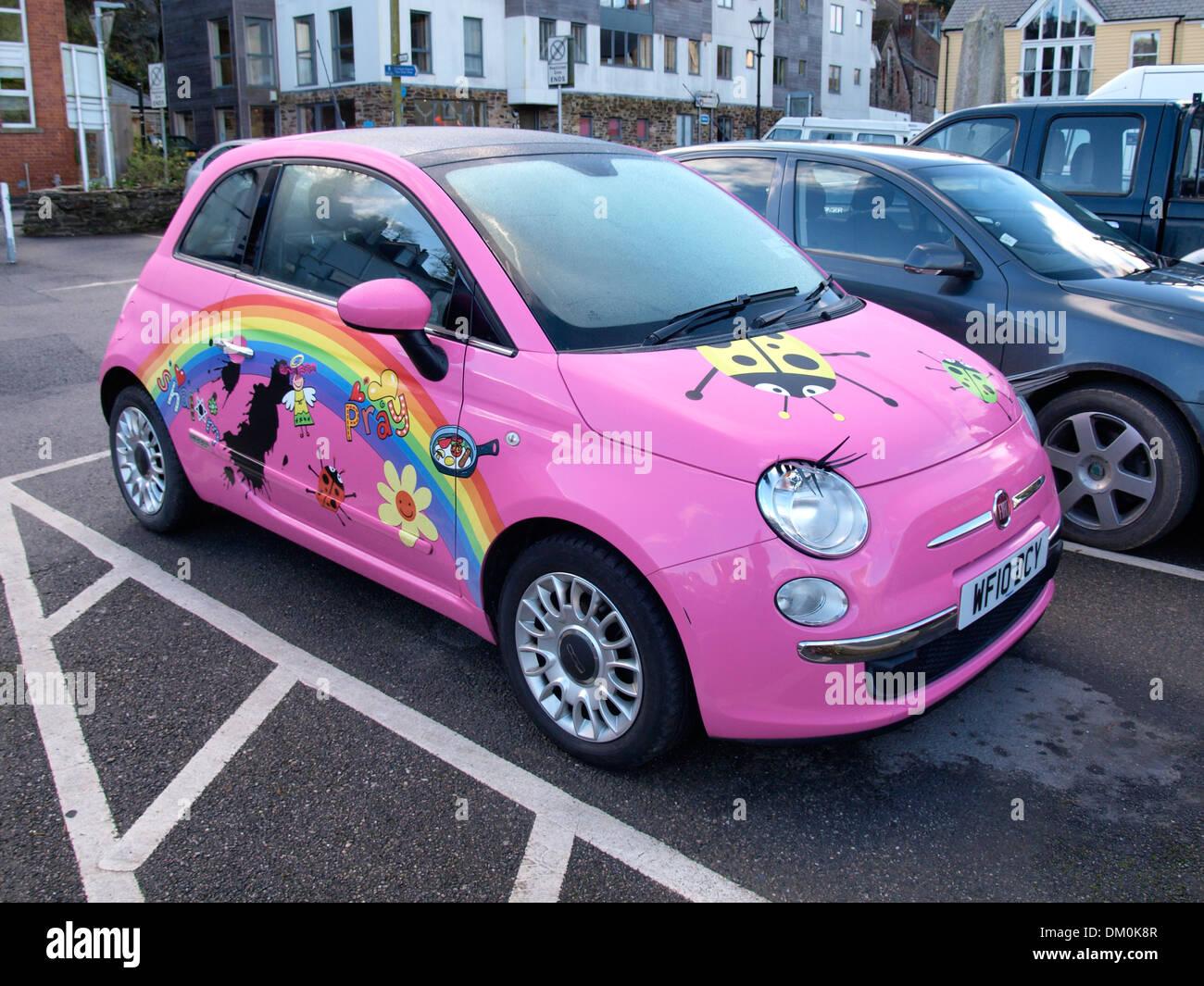 pink fiat 500 car stockfotos pink fiat 500 car bilder. Black Bedroom Furniture Sets. Home Design Ideas