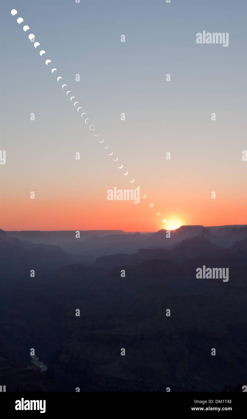 Zusammensetzung der ringförmige Sonnenfinsternis Mai 2012, Grand Canyon Stockbild