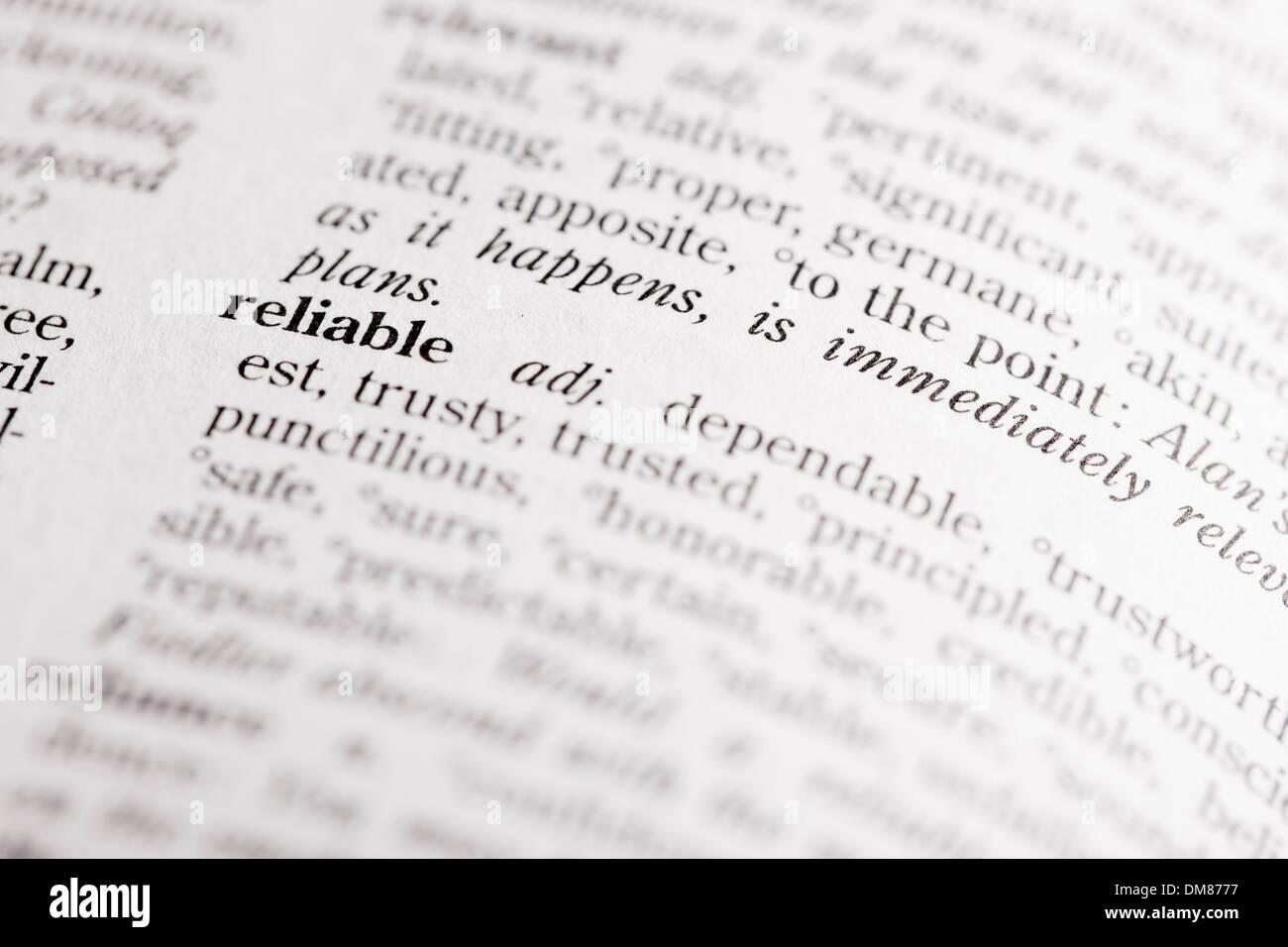 """Wörterbuch-Definition von """"Zuverlässig"""" Stockbild"""