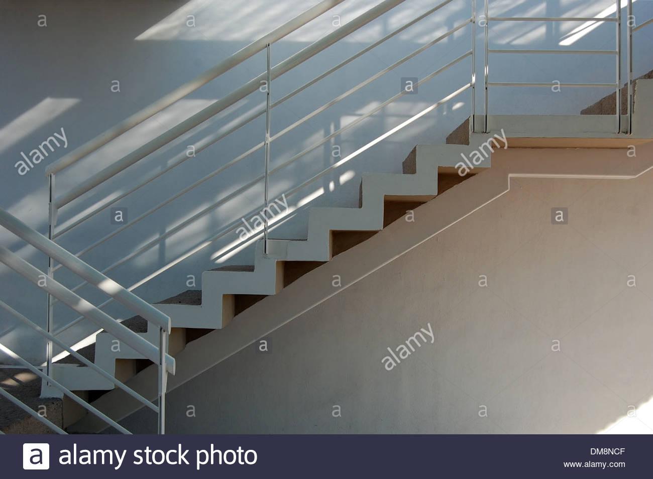 Treppenhaus architektur  Moderne zeitgenössische Architektur Metaphern Seite Profil Ansicht ...