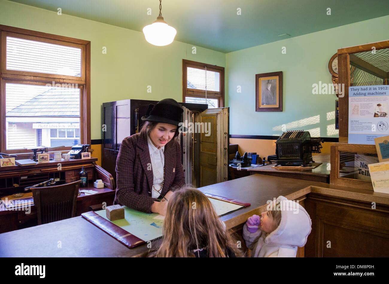Bankangestellter, Burnaby Village Museum, Burnaby, British Columbia, Kanada Stockbild