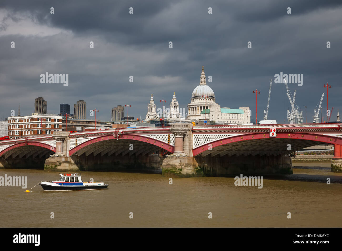 Die Blackfriars Bridge, London Stockfoto