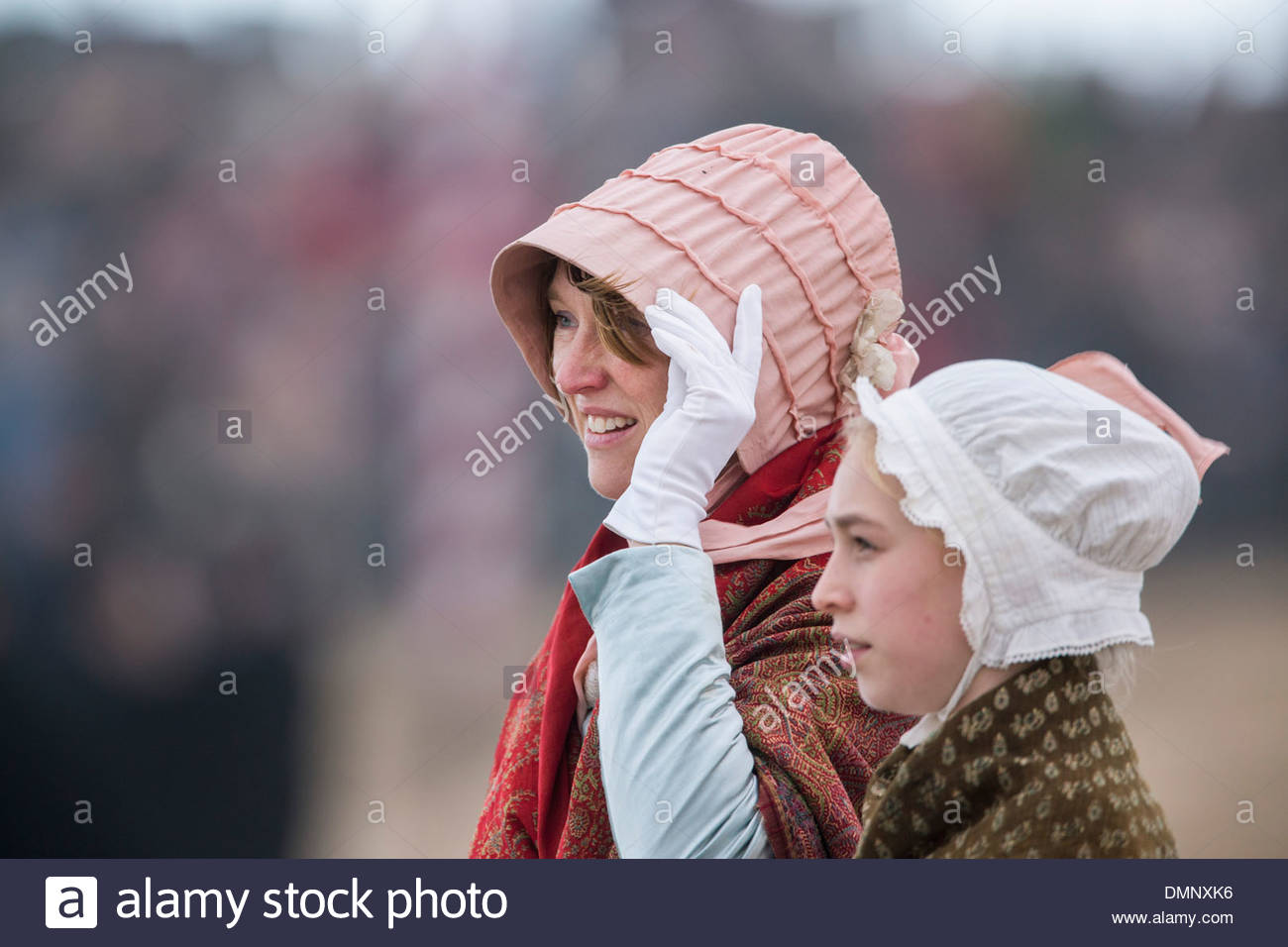Holland, Scheveningen. Zweihundertjahrfeier. Historischen Landung am Strand von Scheveningen. Fischer und FrauenStockfoto