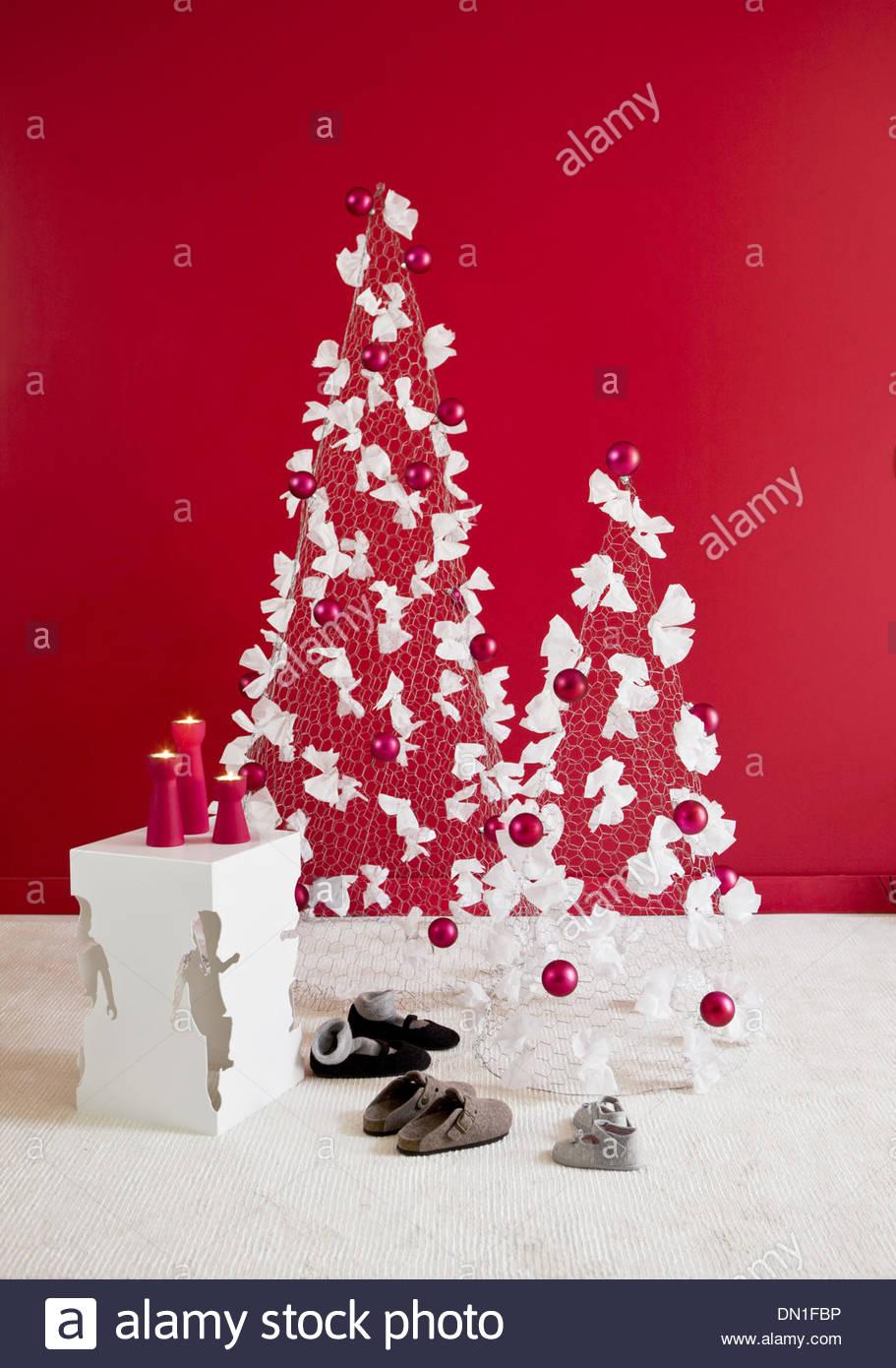 Großzügig Draht Kleiderbügel Weihnachtsbaum Bilder - Die Besten ...