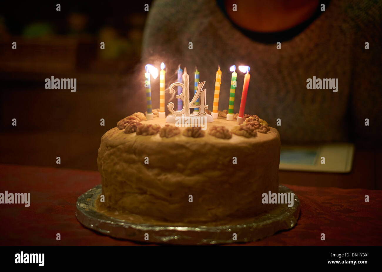 Blowing Out Candles Stockfotos Blowing Out Candles Bilder Alamy