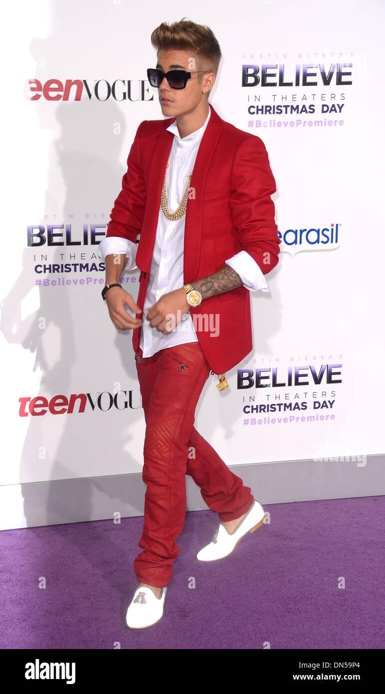 "Los Angeles, Kalifornien, USA. 18. Dezember 2013. Justin Bieber kommt bei der Premiere für ""Believe"" in Los Angeles, CA 18. Dezember 2013 Credit: Sydney Alford/Alamy Live News Stockbild"