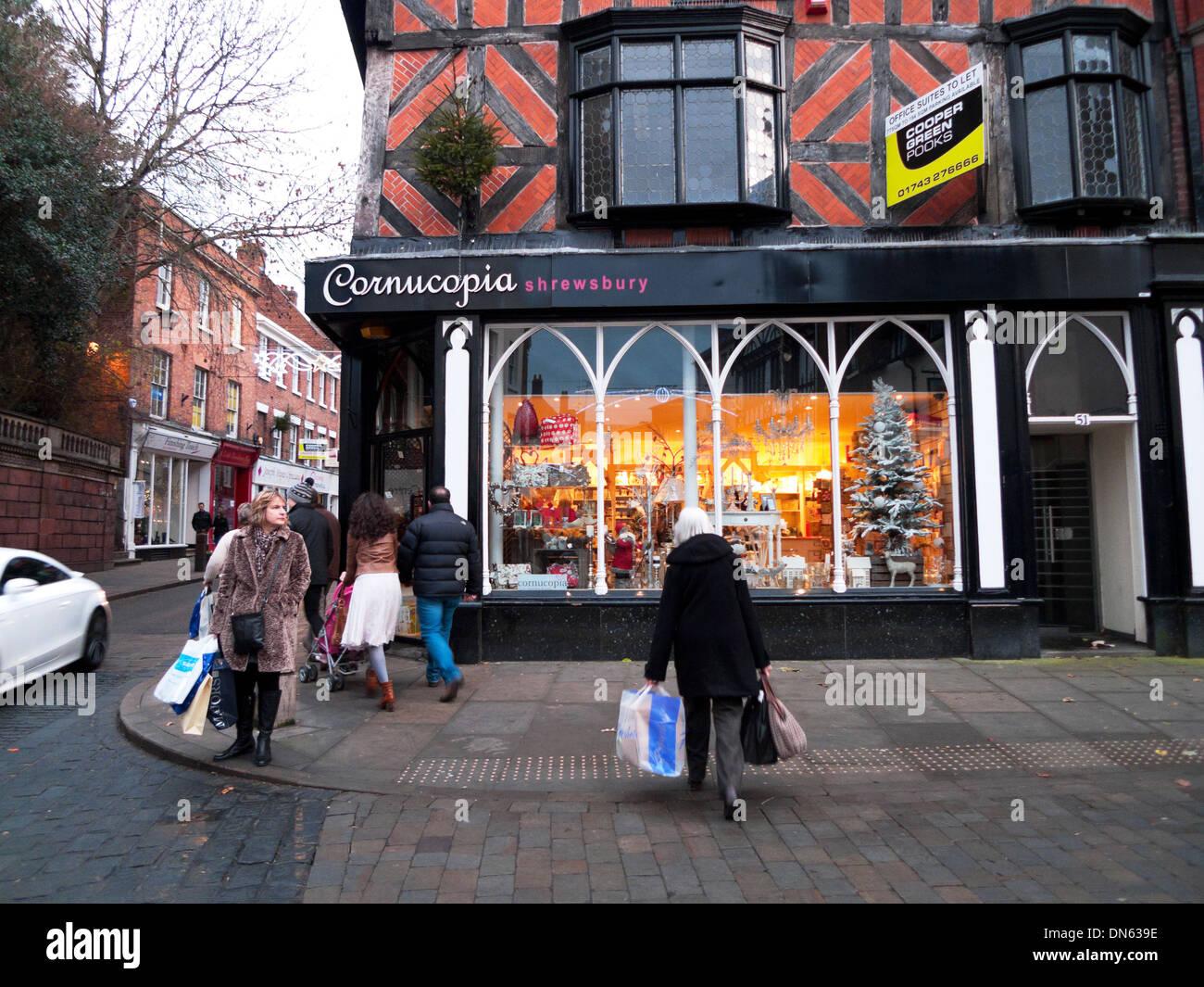 Christmas Cornucopia Stockfotos & Christmas Cornucopia Bilder - Alamy